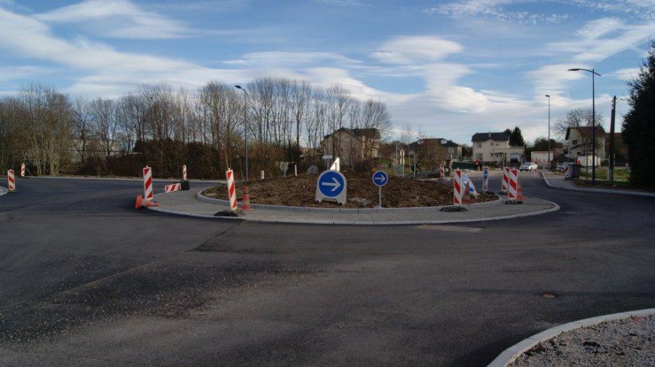 Création d'un rond-point à Golbey.