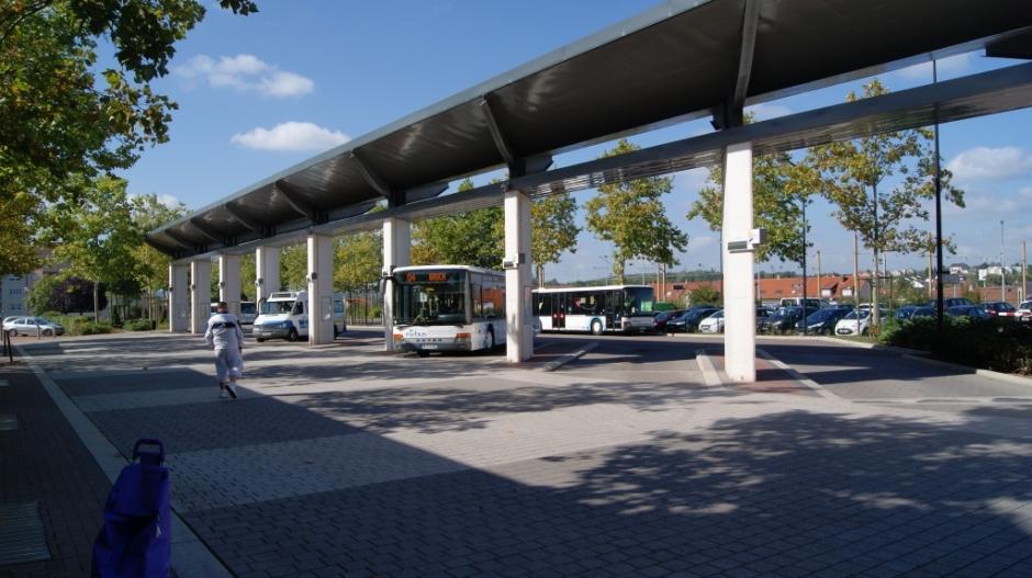 Le pôle d'échange de la Gare SNCF le 23/09/2014.