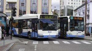 Le 104 sur la ligne 1 et le Mercedes Citaro 103 sur la ligne 3 le 02/08/2006.