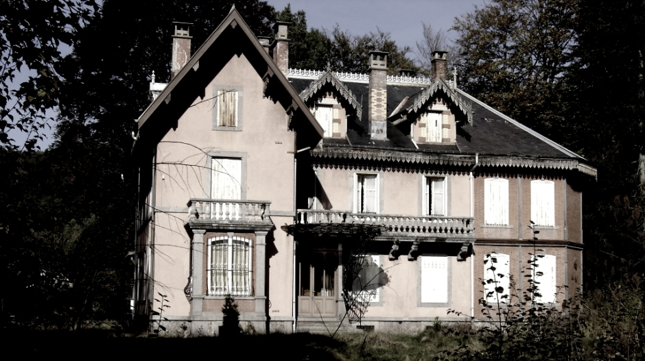 Demeure abandonnée entre Bruyères et Gérardmer.