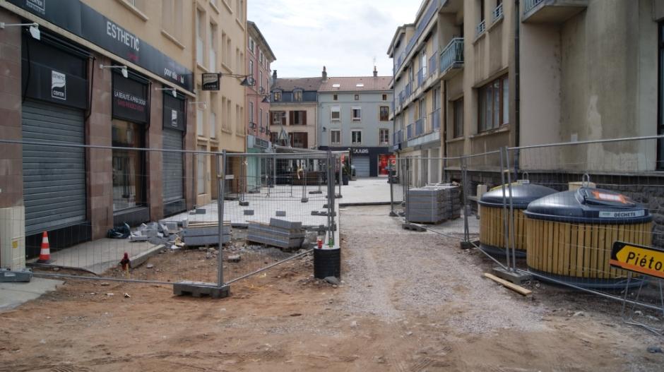 Travaux dans la rue des Petites Boucheries à Epinal.