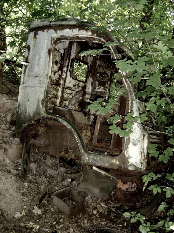 Renault abandonné sur le secteur d'Epinal.