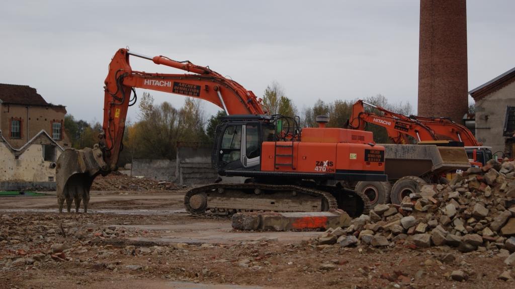 La fin de l usine victor perrin uxegney transvosges - Demolition cheminee ancienne ...