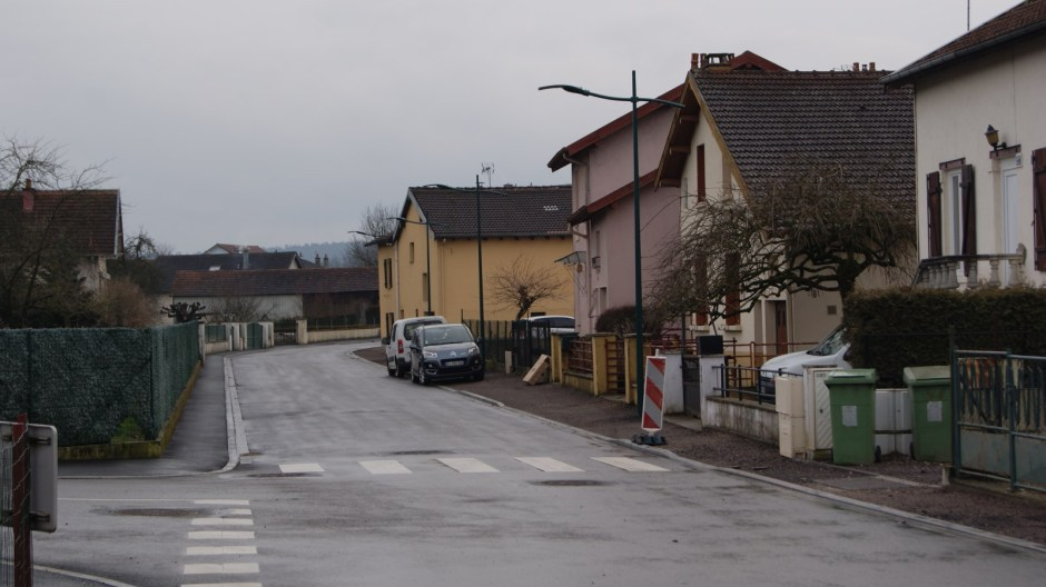 Aménagements rue Jules Ferry à Golbey.