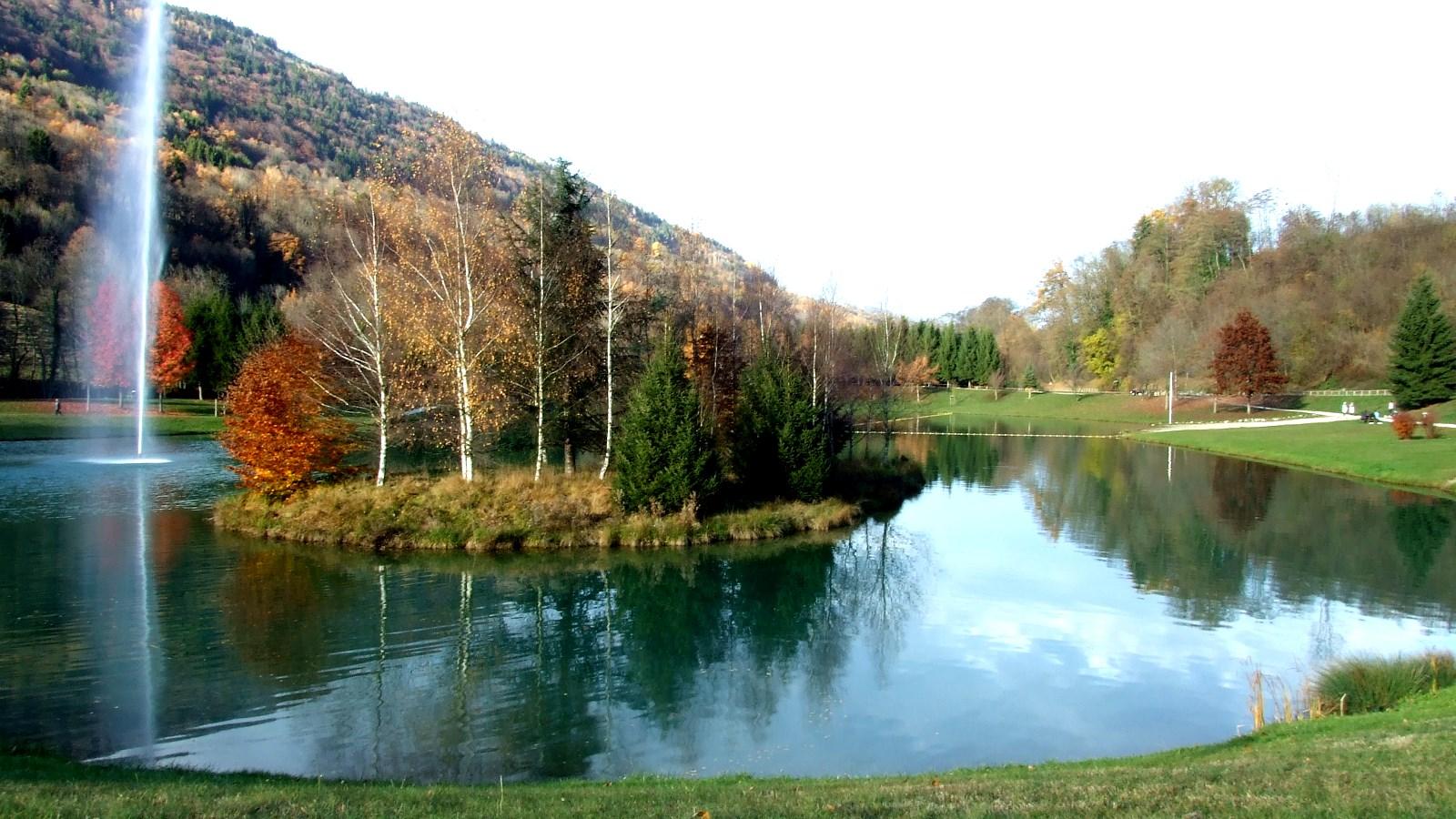 Le lac de la mirande allevard transvosges for Les bains de