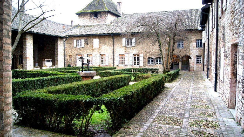 Le site abbatial de Saint-Philibert de Tournus.