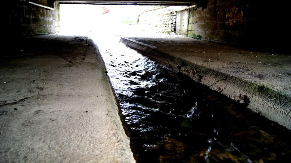 Les canaux dans le centre de Vittel.