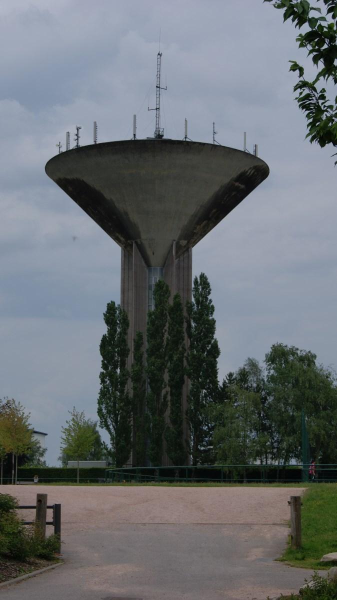 Le château d'eau du Plateau e la Justice.