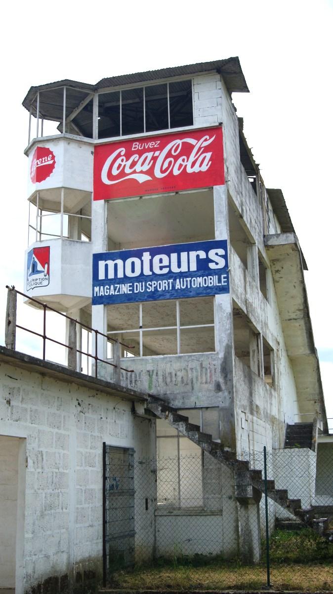 L'ancien circuit automobile de Gueux (51).