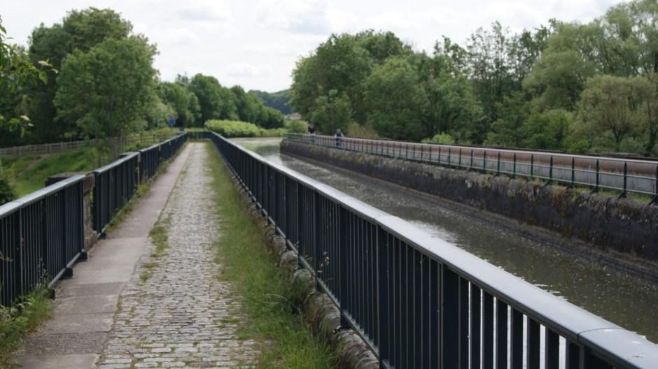 Le pont-canal de Golbey.