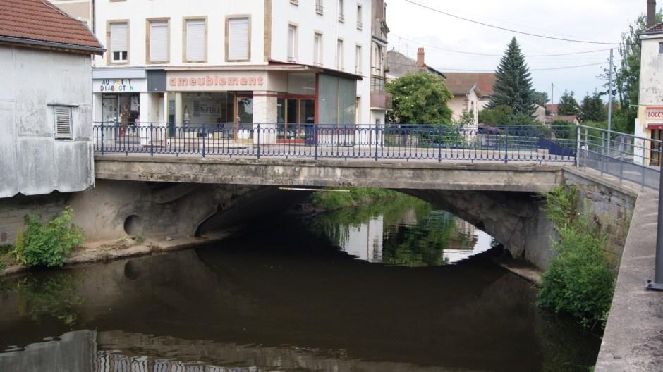 Travaux sur le Pont Carnot à Rambervillers.