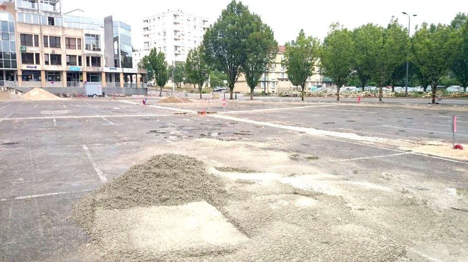 Rénovation du parking de la Pace de Verdun à Lons-le-Saunier.