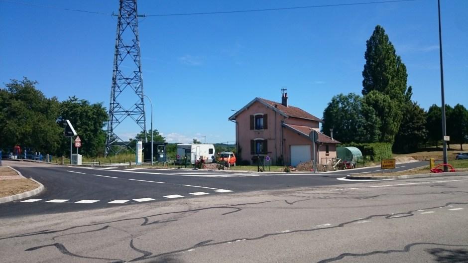 Construction d'une aire de covoiturage à Chavelot.