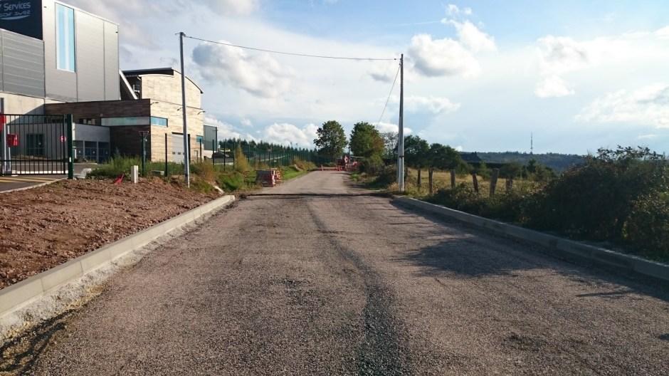 Reprise du carrefour du Général Séré de Rivières avec la RN 57 à Razimont.
