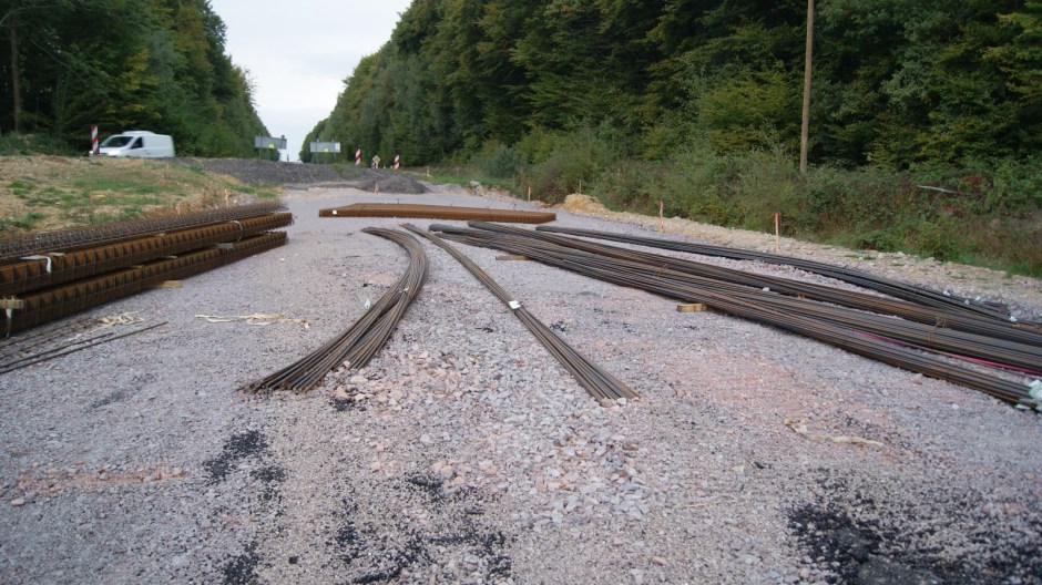 Aménagement d'un giratoire sur la RD166A à Golbey.