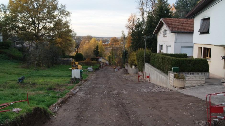 La ruelle de Laufromont élargie.