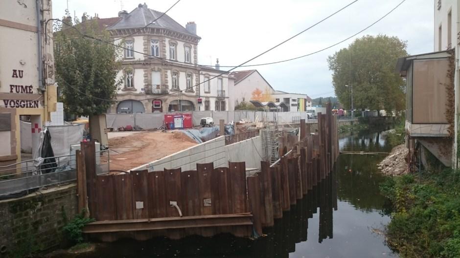 Le pont carnot en travaux à Rambervillers.