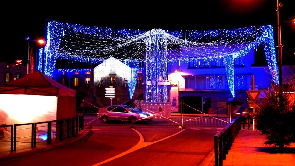 Les illuminations de Noël à Thaon-les-Vosges.