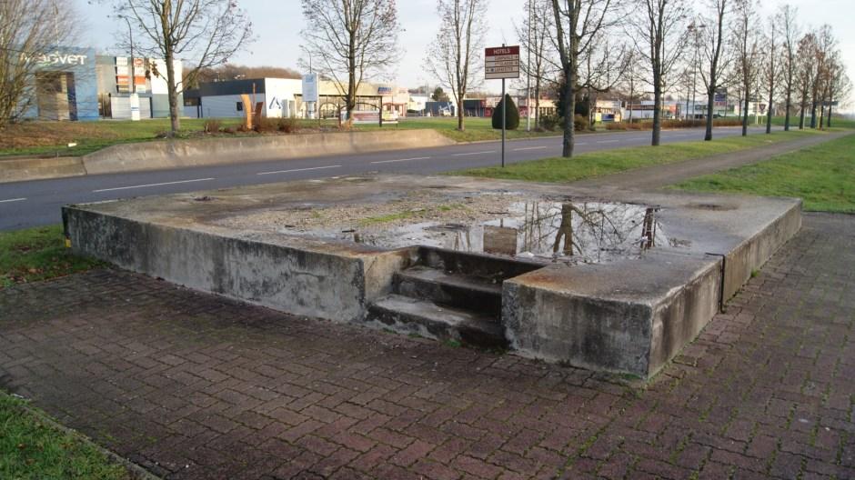 Démolition de la passerelle piétonne Route de Jeuxey à Epinal.