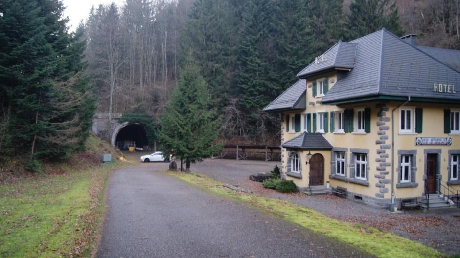 Vue actuelle de l'entrée du tunnel côté Alsacien.