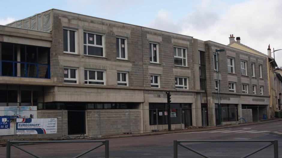 Construcion d'un immeuble dans le centre ville de Golbey.