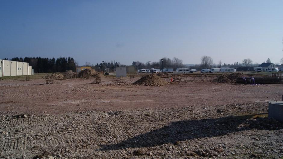 Construction de cellules commerciales à Thaon-les-Vosges.