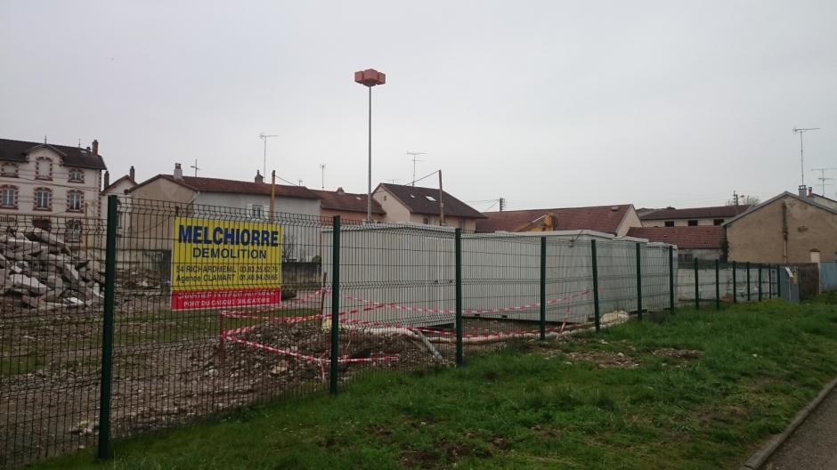 Démolition à Charmes.