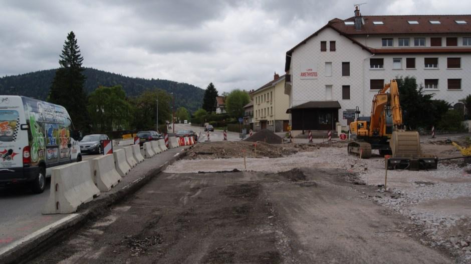 Le carrefour de la Croisette en travaux à Gérardmer.