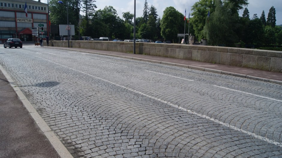 Le pont Sadi Carnot à Epinal.