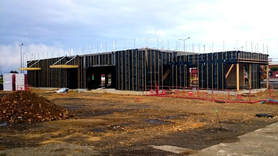 Restaurant KFC en construction à Metz Borny le 15/06/2016.