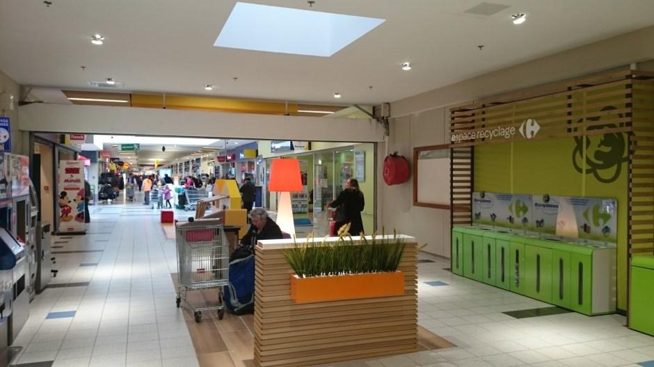 Le centre commercial Carrefour Epinal Jeuxey fait peau neuve.