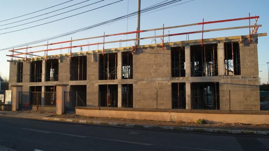 Construction de logements à Thaon-les-Vosges.