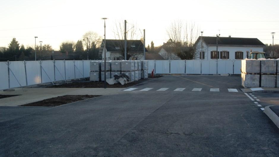 Aménagement de la place de la Gare à Thaon-les-Vosges.